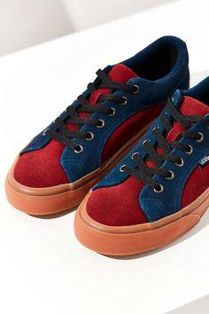 97708f6267c8 Slide View  1  Vans Suede Gum Lampin Sneaker Cute Sneakers
