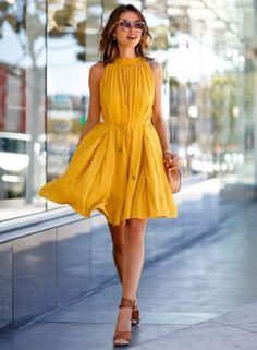 women-s-sleeveless-solid-color-a-line-pleated-dress-with-belt