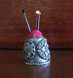 Pewter Gish Thimble Pin Cushion