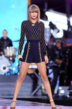 Taylor Swift - Good Morning America - October 2014 - Taylor Swift may be the most powerful woman on the planet Taylor Swift Legs, Taylor Swift Outfits, Taylor Swift Quotes, Taylor Swift Style, Taylor Swift Pictures, Taylor Alison Swift, Marie Claire, Musica Country, Show
