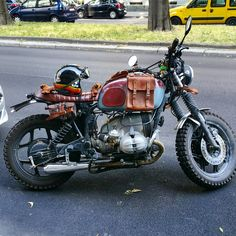 BMW R80 RT Scrambler - Maxakaido Cafe Racer Leather Stuff #motorcycles #scrambler #motos | caferacerpasion.com
