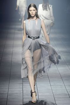 https://www.google.cz/search?q=tylové šaty
