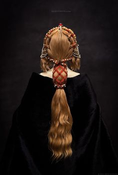 Primavera - a porcelain ball-jointed doll, 2015. This hairdress reflects the spirit of the Early Renaissance era. Inspired by one of Botticelli paintings as well. Прим&#1072...