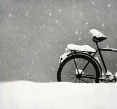 Beautiful snow. Untitled by JenniPenni, via Flickr