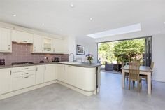 5713__clarence_road2