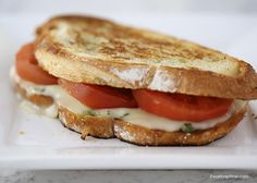 Grilled caprese sandwich I Heart Nap Time | I Heart Nap Time - Easy recipes, DIY crafts, Homemaking