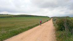 A pesar de la lluvia y el frío, el #CaminodeSantiago siempre es una opción viable para el #otoño.  Consulta nuestras opciones en www.caminodesantiagoreservas.com