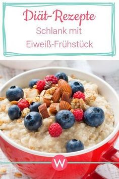 Protein breakfast for weight loss: Slim thanks to proteins- Eiweiß-Frühstück zum Abnehmen: Schlank dank Proteinen With these protein recipes you take in the morning enough proteins to you and take off! Protein Desserts, Protein Snacks, Healthy Protein, Healthy Nutrition, Protein Recipes, Protein Smoothies, Protein Breakfast, Health Breakfast, Low Carb Food