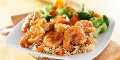 Sautéed shrimp and broccoli … a meal of less than 300 calories! Shrimp And Broccoli, Sauteed Shrimp, Stir Fry Recipes, Fish Recipes, Camarones Teriyaki, Healthy Soup, Healthy Recipes, Shrimp Stir Fry, Twisted Recipes