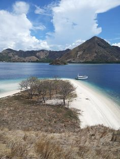 The Stunning view of Kelor Island-Flores Indonesia