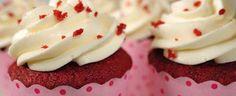 Red Velvet Cupcakes | Cupcakerecepten.nl  vervang de boter door margarine, de room door 4 eetlepels karnemelk en voeg nog een eetlepel azijn en een koffielepel bakpoeder toe voor een alternatief recept