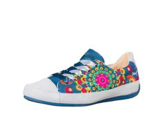 Desigual Blue Sneakers Coco, Canada Blue Trainers, Blue Sneakers, Cute Flats, Cool Style, My Style, Summer Styles, Online Fashion Stores, Flat Shoes, Tennis