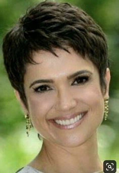 - All For Hairstyles Pixie Haircut For Thick Hair, Short Choppy Hair, Short Thin Hair, Short Grey Hair, Haircuts For Fine Hair, Short Hair With Layers, Cute Hairstyles For Short Hair, Short Hair Cuts For Women, Short Hair Styles