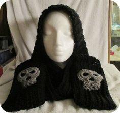 VinterSnow: Skull Pocket Scoodie with pattern links.