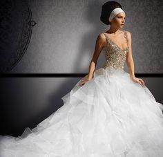 My future wedding dress Beautiful Wedding Gowns, Elegant Wedding Dress, Dream Wedding Dresses, Prom Dresses, Wedding Girl, Tulle, Bridal Beauty, Wedding Styles, Wedding Inspiration