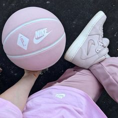 miniswoosh nike footwear pink fashion Of Course We Love Pink Aesthetic, me for Colorful Pink Fashion! Mochila Grunge, Cute Pink, Pretty In Pink, Pink Basketball, Basketball Outfits, Free Basketball, Basketball Pictures, Rosa Style, Mode Rose