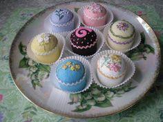 Set of 7 Petit Four Bottle Cap Pincushions Finger Desserts, Mini Desserts, Mini Cakes, Cupcake Cakes, Cupcakes, Frosting Techniques, Incredible Edibles, Felt Food, Pin Cushions