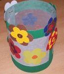 11 november Sint-Maarten knutselen: zelf lampionnen maken - Plazilla.com November, Lunch Box, Teaching, Halloween, Things To Make, Blue Prints, Paper Lanterns, November Born, Bento Box
