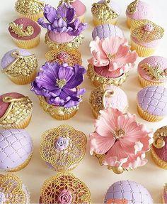 "Lynda Correa on Instagram: ""Gorgeous ornate cupcakes!!! Just look at the beautiful details!! Cupcake designer: @leyaracakes #elegant #cakeinspiration #storybookbliss #cupcakes #sweets #cake #cakeart #desserttable #luxury #couture"""