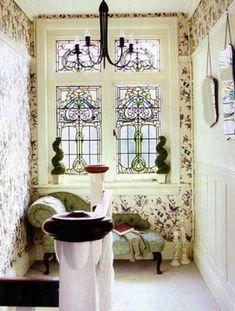 99 Comfy Stained Glass Window Design Ideas For Home - 1900s House, Edwardian House, Victorian Homes, Victorian Terrace, Edwardian Era, Art Deco, Art Nouveau, Mosaic Glass, Glass Art