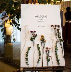 Inspiration: if the welcome card is long, the first thing guests come is to take photos and send them to the friends circle! Wedding Kiss, Wedding Cards, Diy Wedding, Wedding Events, Wedding Invitations, Tent Wedding, Gothic Wedding, Glamorous Wedding, Wedding Reception Flowers