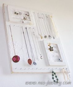 Shabby chic jewelry organizer DIY - wouldn't add all the frills, and use different paint colors.