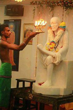 Sai Sai Baba Hd Wallpaper, Sai Baba Wallpapers, Ram Pic, Sai Baba Miracles, Saints Of India, Swami Samarth, Sai Baba Photos, Sathya Sai Baba, Love Dad