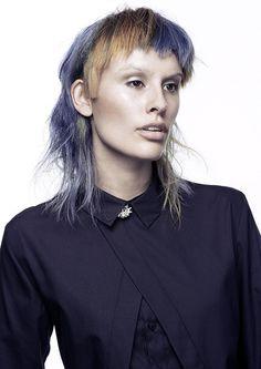 Всё-таки у австралийцев поразительное чутьё на парикмахерские тренды. Цвет, стрижка, текстура волос… Каждая работа как откровение. Визуальные подсказки за пределами традиционных сфер.