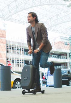 Best Travel Gadgets of 2016 You Can Buy Now For Your Summer Travel - techtourhub Travel Kits, Packing Tips For Travel, Summer Travel, Holiday Travel, Micro Kickboard, Best Travel Gadgets, New Years Traditions, Lawyer Gifts, Kick Scooter