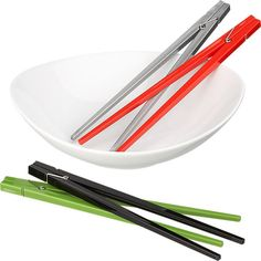 Kiddos would love these!  ClothespinChopsticksF11