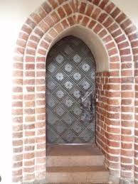 church side door , Porvoo, Finland Side Door, Finland, Gates, Buildings, Sculptures, Doors, Architecture, Home Decor, Arquitetura