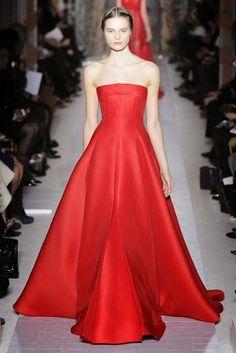 TRANSFORMAÇÃO DE VESTIDO_39 ~ Moldes Moda por Medida -шаблон за црвен фустан стр.1