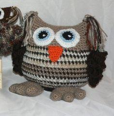 sweet crochet cuddle OWL Amigurumi by CrochetRagRug on Etsy #promotingwomen