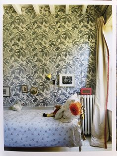 Amanda Brooks' daughter Poppy's room with hand blocked lino prints by Marthe Armitage