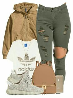 Adidas Women Shoes - pantalon vert top blanc veste marron baskets grises sac marron accessoires - We reveal the news in sneakers for spring summer 2017 Look Fashion, Teen Fashion, Fashion Outfits, Womens Fashion, Fashion Trends, Fall Fashion, Swag Fashion, Chanel Fashion, Fashion Weeks