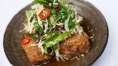 The Age Good Food Guide People's Choice winner Red Spice Road credits their win to THIS dish: signature pork belly with apple slaw, chilli caramel and black vinegar. Pork Belly Recipes, Slaw Recipes, Asian Slaw, Asian Pork, Red Spice, Apple Slaw, Pork Dishes, Thai Dishes, Cooking Recipes