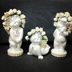 Trio de anjinhos 22cm #anjos #gesso #decoraçãosemgesso #decor #pradecorar #peças #batizado #perolado #batizado #ideias #inspiracao #inspirar # personalizado #diadasmaeschegando #diadasmães #prapresentear #fofura #mimos