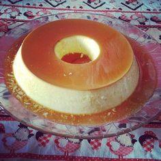 Gordice de domingo!!  Amo fazer essas receitas de doces  #pudim #sobremesa #food #instafood #delicious #doce #gordices #pudimdeleitecondensado #eat #sobremesas #comidaboa #foodgasm #delicia #receita #domingo #errejota #riodejaneiro by thainedias http://ift.tt/1Wb0KkX