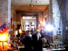 Ingyenes könyv-bolhapiac a Gozsdu udvarban | Mű | Tollal.hu