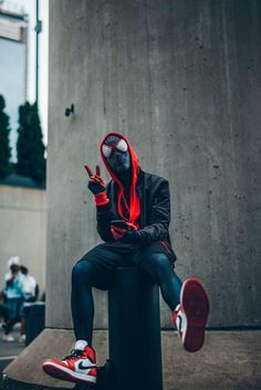 The spidy verse is back shot this a nycc last year ig- @lit.visions dm for photoshoot streetwear