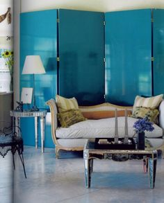 Lacquered Walls- Photography by Simon Upton for elle decor folding screen Decor, Home, Teal Rooms, Decorating Your Home, Decor Design, Furniture, Folding Screen, Room, Blue Rooms