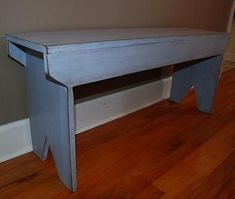 I want to make this!  DIY Furniture Plan from Ana-White.com  A simple bench that you can build from five basic boards. This bench can find uses throughout your home or even outdoors. Apply a beautiful finish to take this bench from basic to beautiful.