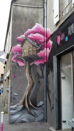 Street Art - ma galerie quimper - peinture - maison et fleurs - art de rue