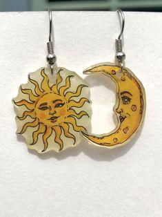 Funky Earrings, Funky Jewelry, Ear Jewelry, Diy Earrings, Cute Jewelry, Jewelery, Jewelry Accessories, Jewelry Making, Earrings Handmade