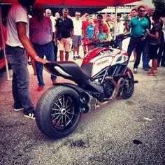 Custom PaintJob Pictures - Diavel - Ducati Diavel Forum - Page 3