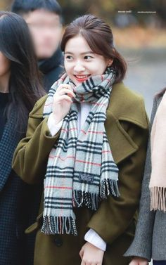 dedicated to female kpop idols. Seulgi, Park Sooyoung, Kpop Girl Groups, Kpop Girls, Red Velvet, Fashion Models, Girl Fashion, Velvet Shorts, Kim Yerim