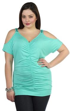 plus size cold shoulder top with matching necklace and ruched front