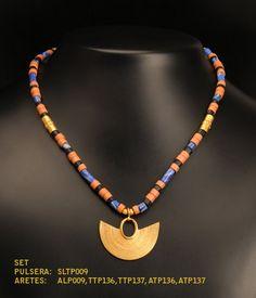 Collar y manilla de piedra cerámica color ladrillo y  azul, dije y aretes Precolombino baño en Oro 24K de TESOROSPRECOLOMBINO en Etsy