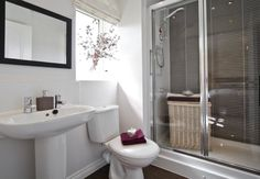 Barratt Homes Lincoln At Glenfield Park Kirby Road Glenfield Leicester Double Shower