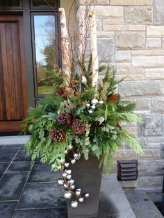 Jumping Activation Ball LED Fairy Garland Night Light Christmas Wedding Decoration How to Make Your Own Holiday Planter We could spray paint wood gold to make a planter a. Outdoor Christmas Planters, Christmas Urns, Outdoor Christmas Decorations, Rustic Christmas, Christmas Holidays, Christmas Wreaths, Holiday Decor, Christmas Greenery, Outdoor Pots